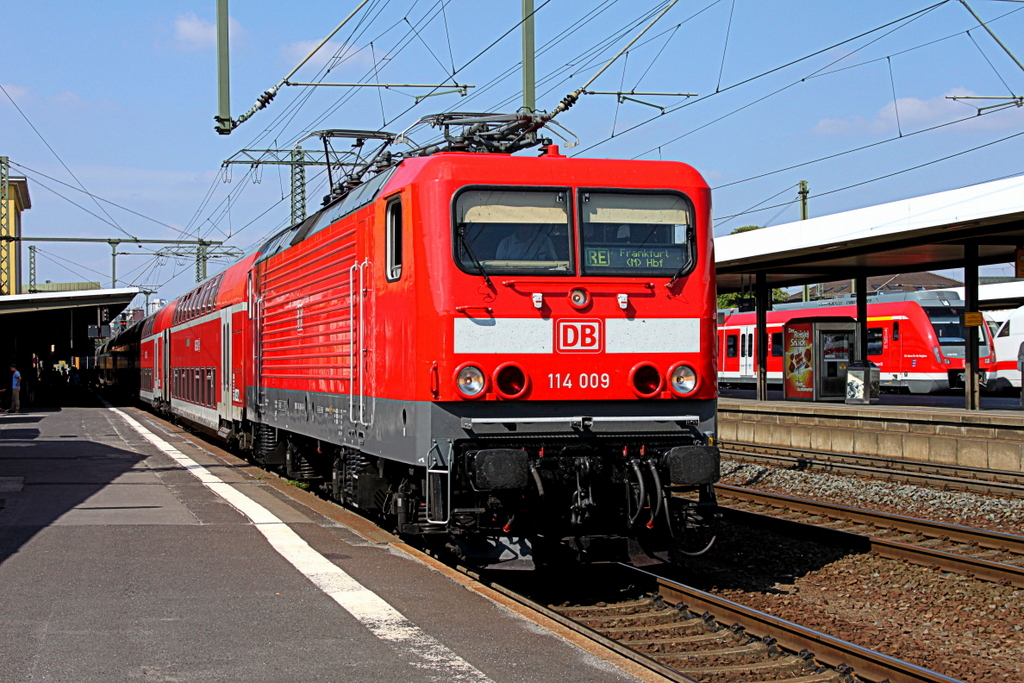 114 009 mit RE nach Frankfurt am Main am 04.09.12 in Fulda