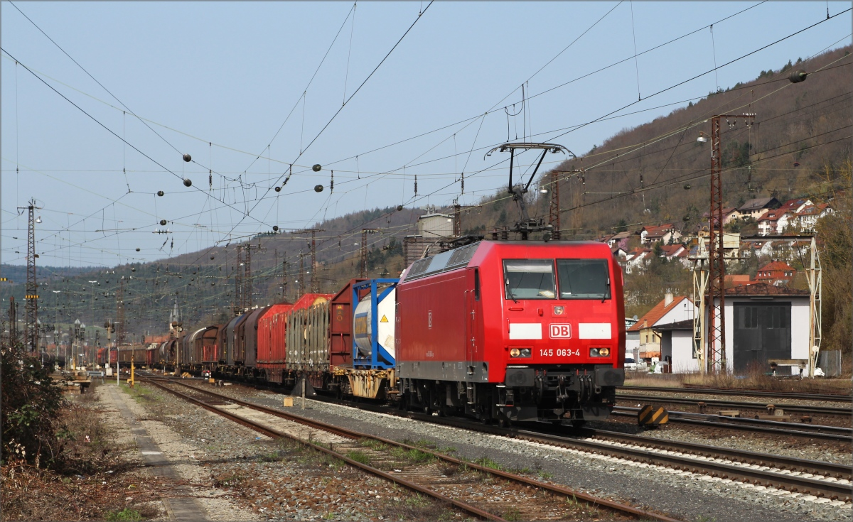 145 063 am 02.04.2016 in Gemünden (Main)