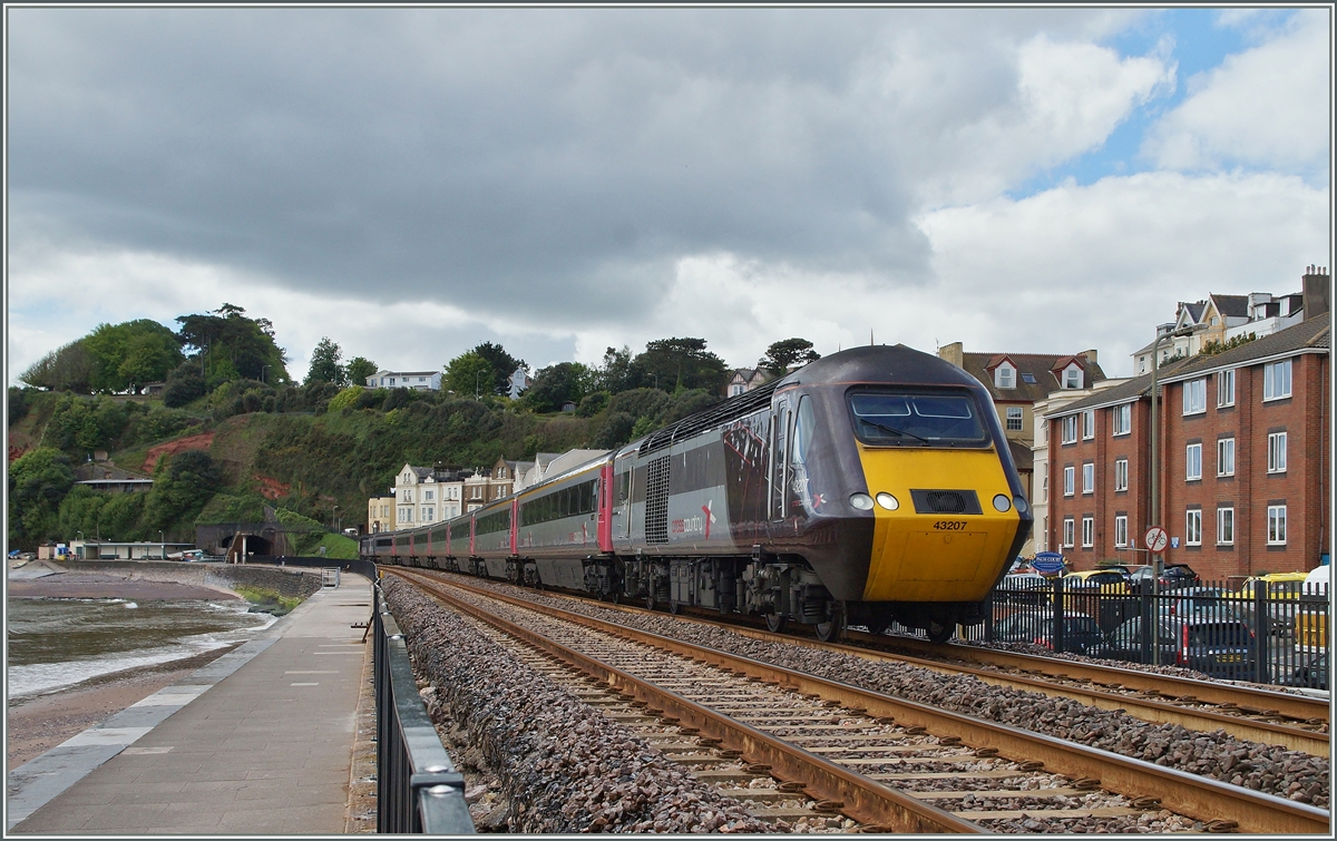 Ein Cross Country HST von Plymouth nach Glasgow bei Dawlish.