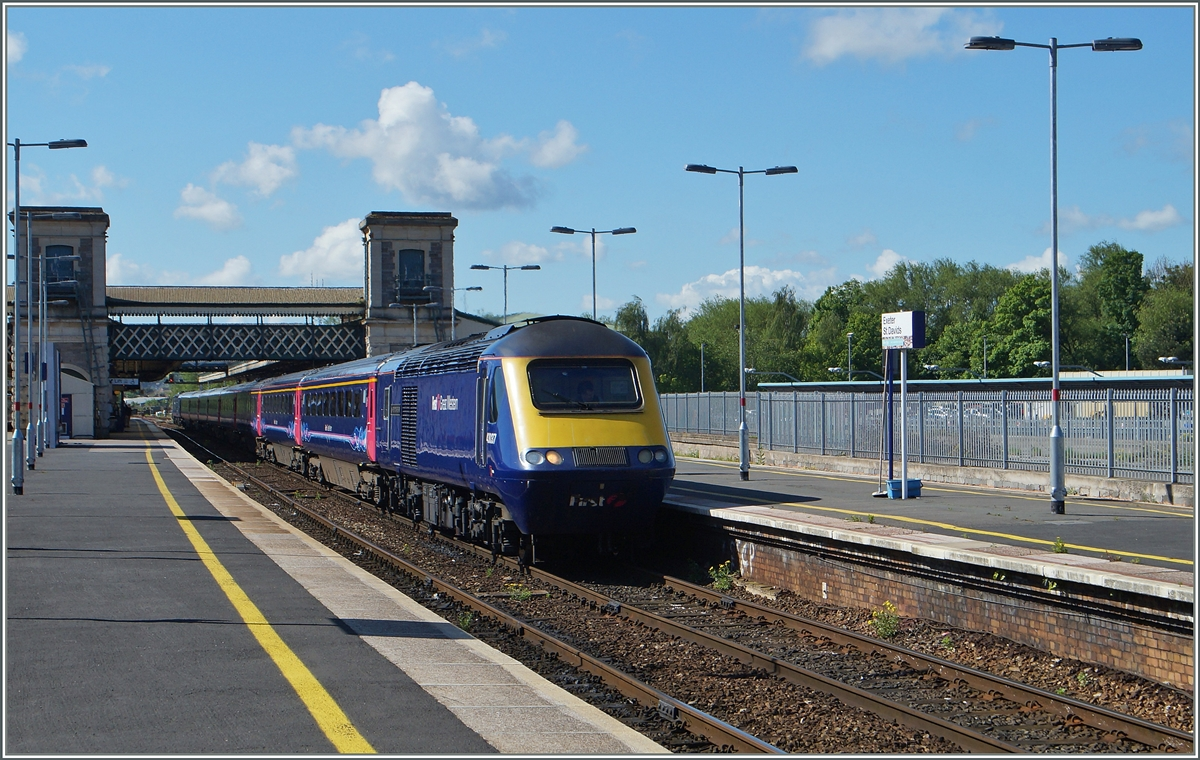 Ein First Great Western Class 43 HST 125 in Exeter St David.
