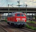 br-218-v-164/122716/218-833-2-rauschte-ganz-alleine-durch 218 833-2 rauschte ganz alleine durch Hamburg-Harburg um vmtl. einen ICE abzuschleppen.