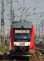 br-0648-alstom-lhb-coradia-lint-41/136769/der-shb-lint-von-hohenweststedt-fuhr Der SHB Lint von Hohenweststedt fuhr gemütlich in den Bahnhof Neumünster am 21.4.11.