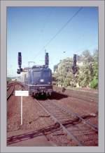 br-6110-e10/150992/die-e-110-152-6-erreicht-am Die E 110 152-6 erreicht am 18. Mai 1992 Koblenz Hbf.