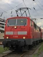 BR 6111/96903/111-010-mit-scherenstromabnehmern-am-180910 111 010 mit Scherenstromabnehmern am 18.09.10 in Siegen
