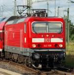 br-6143-ex-dr-243/172831/die-damals-frisch-revisionierte-143-109 Die damals frisch revisionierte 143 109 brachte den Regionalexpress von Tübingen nach Stuttgart Hbf am 29.7.2010.