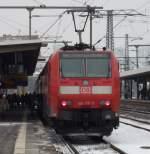 br-6146-traxx-f-p140-160-ac1-2/106408/146-117-mit-re-aus-frankfurt 146 117 mit RE aus Frankfurt am 01.12.10 in Fulda