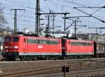 BR 6151/186678/151-142-und-151-081-mit 151 142 und 151 081 mit Güterzug am 22.03.12 in Fulda