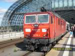 Mittlerweile schon eine historische Aufnahme: eine Knödelpresse vor dem Berlin-Warszawa-Express.Am 13.September 2008 kam 180 018 mit dem EC in Berlin Hbf an.