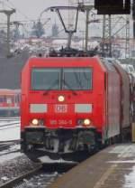 br-6185-traxx-f140-ac1-ac2/49518/185-384-5-mit-gueterzug-in-fulda 185 384-5 mit Güterzug in Fulda am 14.01.10