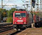 br-6186-traxx-f140ms-ms2/99959/186-129-ohe-mit-containerzug-am 186 129 OHE mit Containerzug am 21.10.10 in Fulda
