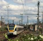 br-04261-bis-429-stadler-flirt/154721/et-702-der-eurobahn-rollte-gemaechlich ET 7.02 der Eurobahn rollte gemächlich in den Endbahnhof Düsseldorf Hbf ein. Düsseldorf Hbf am 17.7.11.