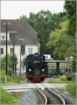 RUBB/118776/erreicht-in-kuerze-baabe-ruebb-99 Erreicht in Kürze Baabe: RüBB 99 4011-5 mit einem Regionalzug nach Binz LB.  16.09.2010