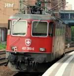 Eigene Bilder/140451/421-393-0-stand-abgestellt-auf-gleis 421 393-0 stand abgestellt auf Gleis 6 in Harburg am 21.5.11.