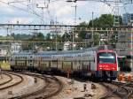 Eigene Bilder/88986/514-001-7-fuhr-als-s16-am 514 001-7 fuhr als S16 am 9.8 in den Bahnhof Schaffhausen ein.