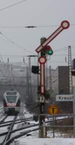 bahntechnische-anlagen-signale-etc/52484/formsignal-p1-in-kreuztalim-hintergrund-ist Formsignal P1 in Kreuztal Im Hintergrund ist noch ein Flirt zu erkennen (29.12.2009)