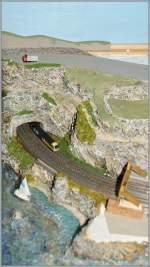 Die Bahn im Modell/284866/ein-blick-von-oben-auf-die Ein Blick von oben auf die entstehende T Gauge Küstenlandschaft.  5. August 2013