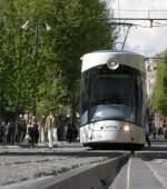 meine Favoriten/72884/ein-tram-in-marseille17-april-2009ps Ein Tram in Marseille... 17. April 2009 (PS: ich stand, bzw. kauerte HINTER einer ablenkenden Weiche)