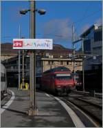 Raritaten/284863/ein-von-kindern-angefertigtes-stationsschild-in Ein von Kindern angefertigtes Stationsschild in Lausanne.  Für wenige Tage zierte einige dieser Schilder diverse Bahnhöfe in der Schweiz.
