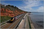 Ein Country Cross Class 211 zwischen Dawlish und Dawlish Warren. 