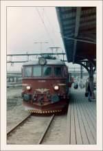 EL 12/148049/die-nsb-1112091-in-osloseptember-1985gescanntes Die NSB 111.2091 in Oslo. (September 1985/Gescanntes Negativ)