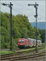 br-1016-es-64u2-15kv/160872/die-oebb-1016-007-mit-einer Die ÖBB 1016 007 mit einer Doppelstockgarnitur unterwegs Richtung Bregenz bei der Durchfahrt in Lindau Reutin am 20. Sept. 2011.