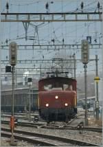 tm-tem-traktoren/122191/sbb-te-329-in-sion-- SBB Te 329 in Sion - die DKW ist natürlich auf Ablenkung gestellt... 14.02.2011