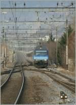 re-460-re-4-4-vi/122627/die-sbb-re-460-002-9-erreicht Die SBB Re 460 002-9 erreicht mit ihrem IR nach Brig Sion.  14.02.2011