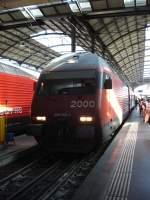 re-460-re-4-4-vi/141813/luzern-290511-ir-2182-locarno-- Luzern, 29.05.11 (IR 2182 Locarno - Basel SBB)
