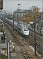Lyria/180700/tgv-lyria-auf-dem-weg-von TGV 'Lyria' auf dem Weg von Paris nach Zürich bei der Durchfahrt in Liestal.  6. Nov. 2011