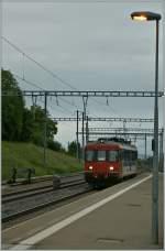 rbe-540/143184/regionalzug-4309-palzieux---romont-bestehend Regionalzug 4309 Palézieux - Romont bestehend aus einem RBe 540 010-3 in Vauderens am 27. Mai 2011.