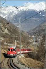 MGB/142811/ein-mgb-regionalzug-im-zahnstangenabschnitte-bei Ein MGB Regionalzug im Zahnstangenabschnitte bei Stalden auf der Talfahrt.  21. Jan 2011.