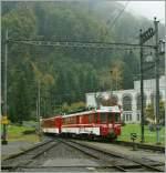 zb-zentralbahn/100323/nur-noch-bis-zum-fahrplanwechsel-schieben Nur noch bis zum Fahrplanwechsel schieben hier in Obermatt die LSE Triebwagen ihre Züge über die Zahnradstrecke Richtung Engelberg, ab dem 12.12.10 geht es durch einen Tunnel... 10. Oktober 2010