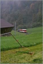 zb-zentralbahn/101401/eine-farbige-version-des-sw-bildes Eine farbige Version des S/W Bildes aus BB.de: zb/LSE Interregio nach Engelberg kurz vor Obermatt am 18. Okt. 2010.