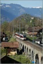 zb-zentralbahn/132869/der-zentralbahn-regionalzug-7437-von-interlaken Der Zentralbahn Regionalzug 7437 von Interlaken nach Meiringen überquert bei Ringgenberg ein längeres, aber nicht sehr hohes Viadukt.  6. April 2011